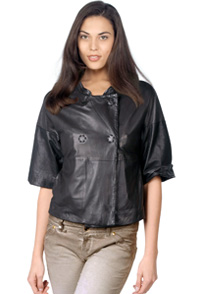 twofold-closing-leather-jacket