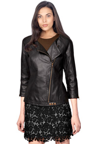 three-fourth-hands-feminine-leather-biker-jacket