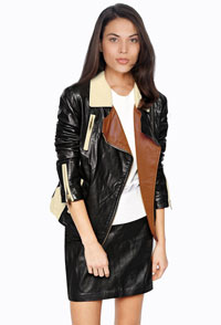 womens-lambskin-biker-jacket-with-notch-lapel-collar-and-multi-toned-style