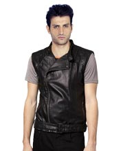 charismatic-sleeveless-mens-leather-biker-jacket