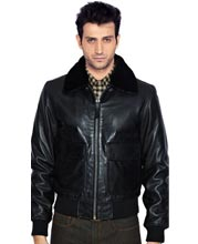 Dashing leather bomber jacket for men