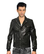 shoulder-filling-lively-mens-leather-jacket
