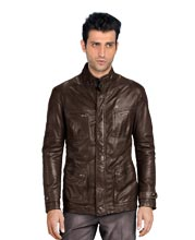 rigid-neckline-leather-jacket