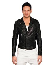 versatile-and-robust-leather-jacket