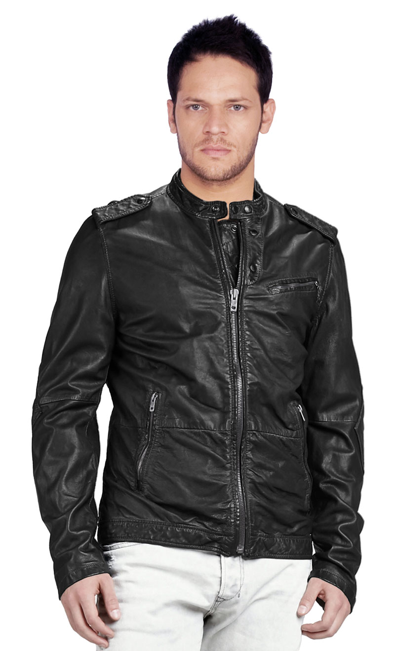 Embrace The Leather Jacket And Obtain The Hot Chic Look