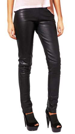 Slim Shaped Leather Pant in Legging Style