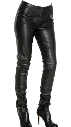 Pure femme leather trouser with ankle-zip design