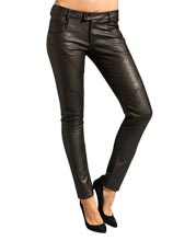skinny-and-fashionable-leather-pants