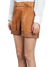 leather-shorts-for-casual-occasions