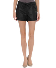 Stylish Hook-and-bar Leather Shorts