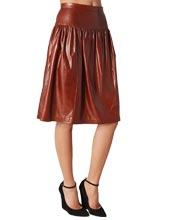 leather-skirt-with-elaborate-waistline-yet-luxuriant-look