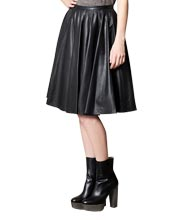 Voguish Mid-Calf Length Pleated Leather Skirt