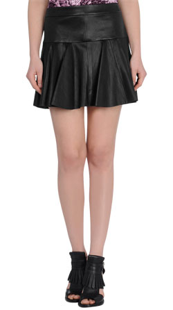 Exquisitely Styled Womens Leather Skirt